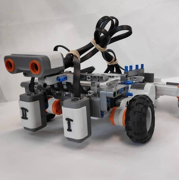 Estudiantes de Los Cerrillos participan en concurso internacional de robótica